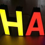 3D Leuchtbuchstaben Polen Hersteller
